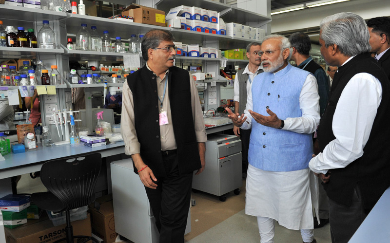 Indian Prime Minister Narendra Modi visited a neuroscience lab