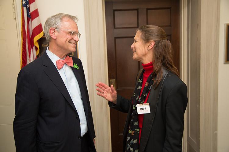CNC Co-chair Earl Blumenauer with SfN President Hollis Cline