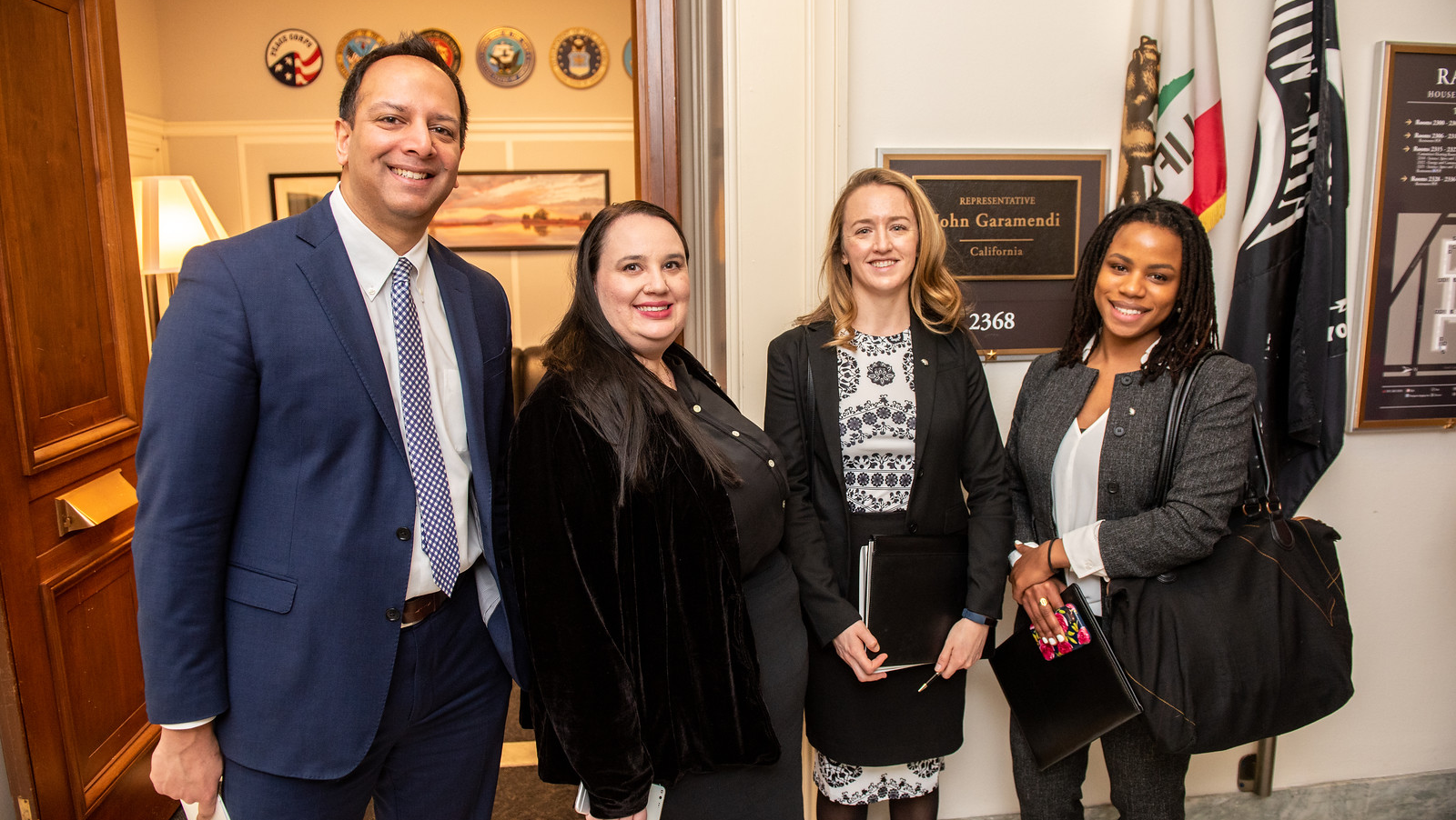 Karun Singh (CAN-ACN), Sasha Luks-Morgan (University of Utah) and 2019 ECPAs Karen Jones and Enitan Marcelle meet with SfN Advocates and Coalition Partners outside Rep. John Garamendi's (CA) office.