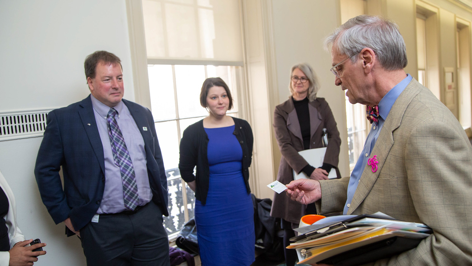 SfN members Ed Bilsky (left) and Mollie Marr (center), and SfN President Diane Lipscombe (center) meet with Rep. Earl Blumenauer (D-OR) during the 2019 Capitol Hill Day.