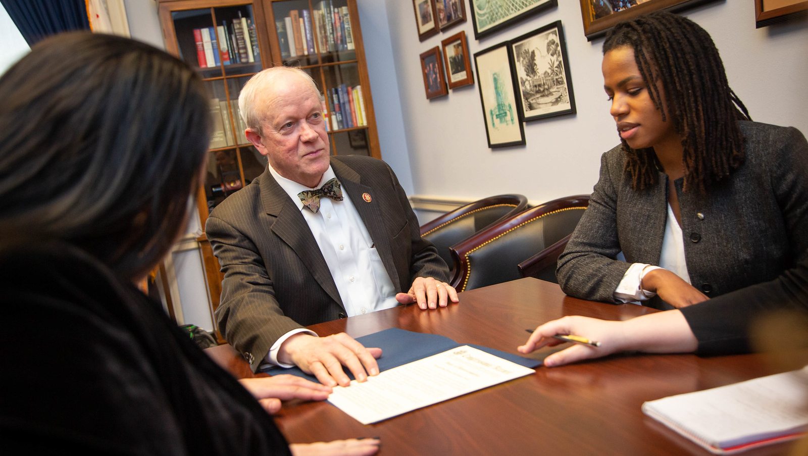 Rep. Jerry McNerney (D-CA) shares recognition in the congressional record of Brain Awareness Week with SfN advocates, including 2019 Early Career Policy Ambassador Enitan Marcelle (right).