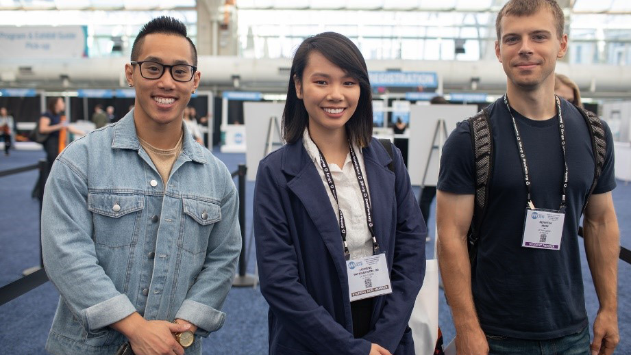 Three student members at Neuroscience 2018