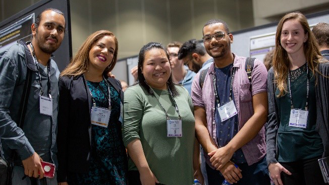 Five NSP scholars pose at Neuroscience 2018